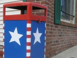 trash_can_july_4_patriotic_flag_flickr_630-300x225.jpg